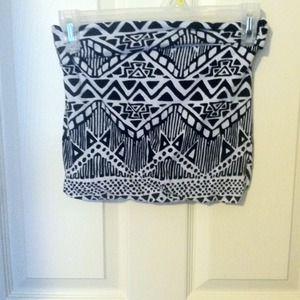Black and white Aztec print skirt