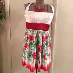 Jump Girl Dresses & Skirts - 👛FINAL REDUCTION👛 NEW Color blocked floral dress