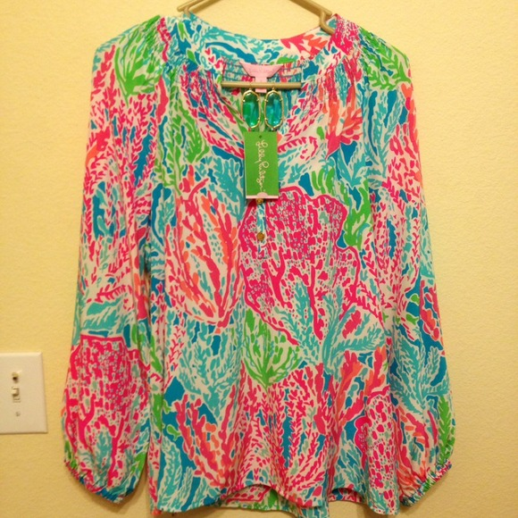 a3c49557ceded6 Lilly Pulitzer Tops - Lilly Pulitzer Lets Cha Cha Elsa