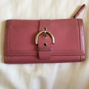  authentic pink coach long wallet w/ buckle