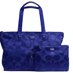 Getaway signature Packable weekender bag