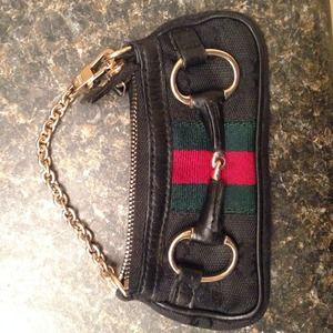 4eba3e19c32 Gucci Bags - Mini gucci coin purse