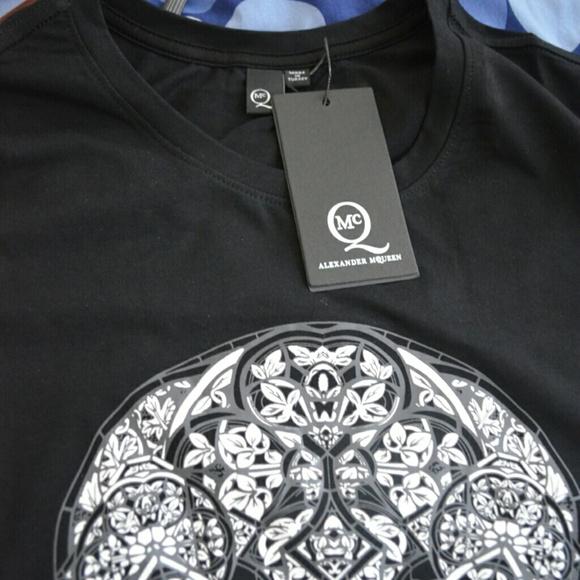 36347371 Alexander McQueen Tops | Black Skull T Shirt | Poshmark