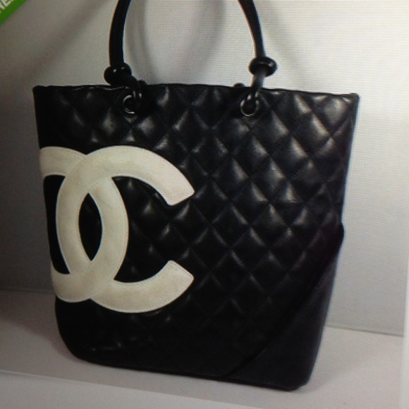 e4605f545581a3 CHANEL Bags | Want Black Purse With White Cc Logo | Poshmark