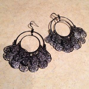 Jewelry - 🎀Gunmetal Chandeliers🎀