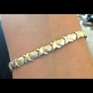 Jewelry - 925 SS xoxo Bracelet. Nice
