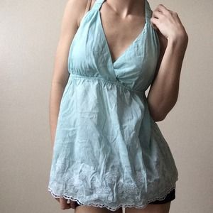 ⬇️PRICE REDUCED⬇️NWT Light Blue Open Back Halter