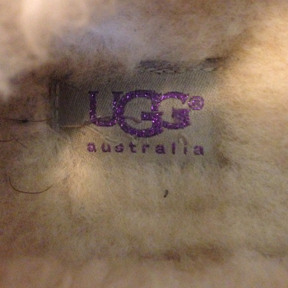 how to clean inside ugg moccasins