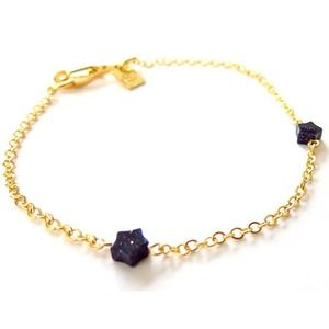 Goldstone star bracelet comes with pouch
