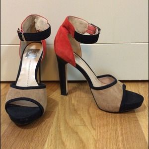 Dolce Vita Shoes - 🎉HOST PICK🎉 DV Dolce Vita heels
