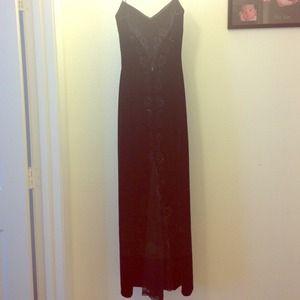 Elegant velour black dress.