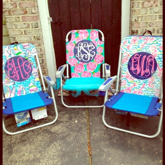 a85bf1826c6412 Monogrammed lilly Pulitzer beach chair !