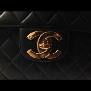 CHANEL Bags - 🚫SOLD🚫SOLD🚫VINTAGE CHANEL MAXI FLAP HANDBAG !!!