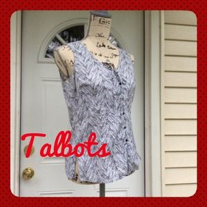 Closet CLOSEOUT Like New TALBOT Button Gray TOP