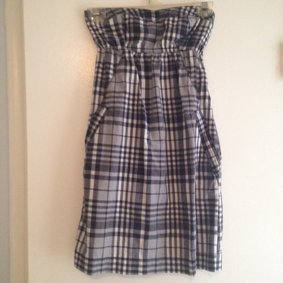 American Eagle Outfitters Dresses - American Eagle Plaid Dress