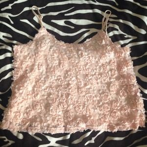 Pink ruffled floral crop top!