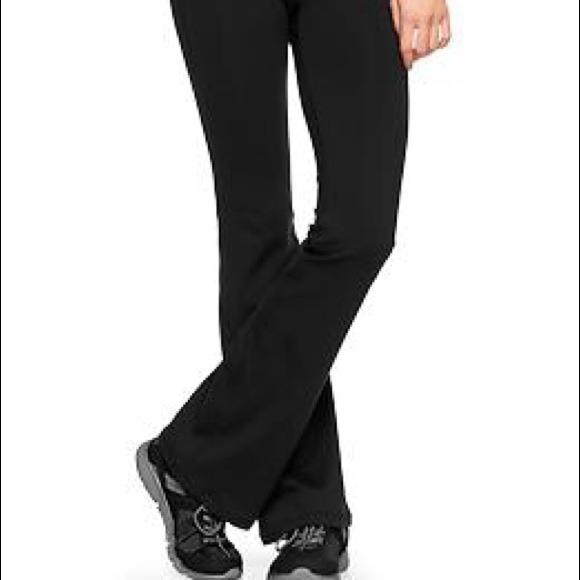 fb6b227c8318d GAP Pants   Nwot Bodyfit Gflex Boot Cut Yoga   Poshmark