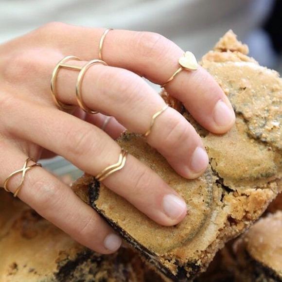 Jewelry - NEW Minimalist Midi Stack Rings