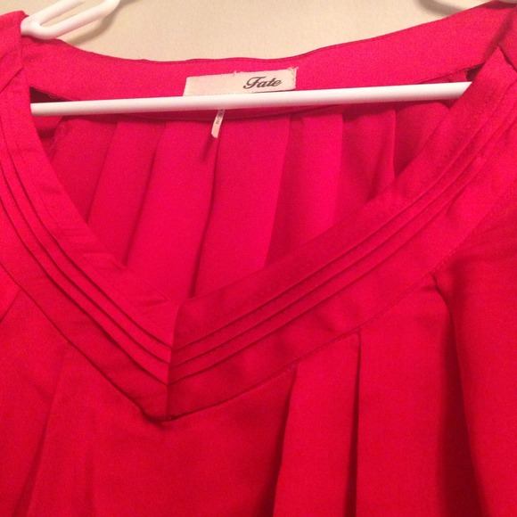 Tops - Red flowy blouse