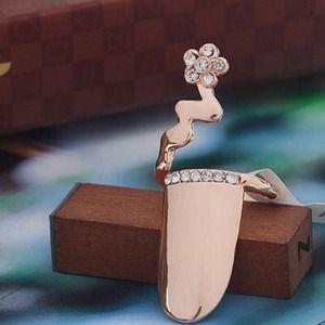 BNWT Rose Gold Nail Ring