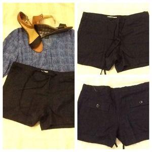 Other - 💕 NWOT 100 % Linen Dark Navy Blue Shorts