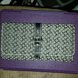 NWOT wallet