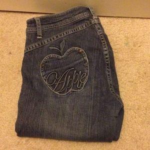 Apple Bottom jeans!