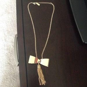 Jewelmint Jewelry - JewelMint Bow Necklace