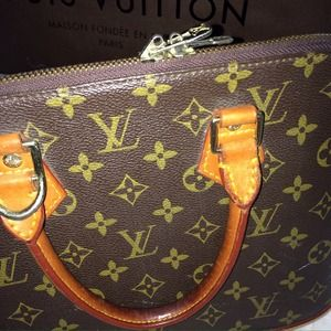 Louis Vuitton Bags - Authentic Louis Vuitton Alma Satchel Monogram 3