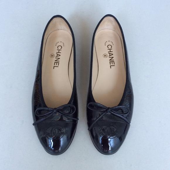 CHANEL Shoes   Chanel Black Flats