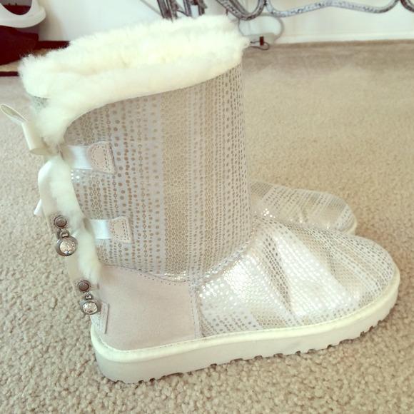 7e53983bbca Ugg Boot: Holiday Collection Bailey Bow - White