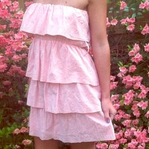 Bloom Dresses & Skirts - Strapless Pink Layer Dress