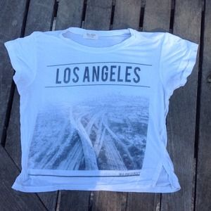 Brandy Melville tee🚫SOLD ON DEPOP🚫