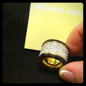 ⚡️Michael Kors CRYSTAL RING