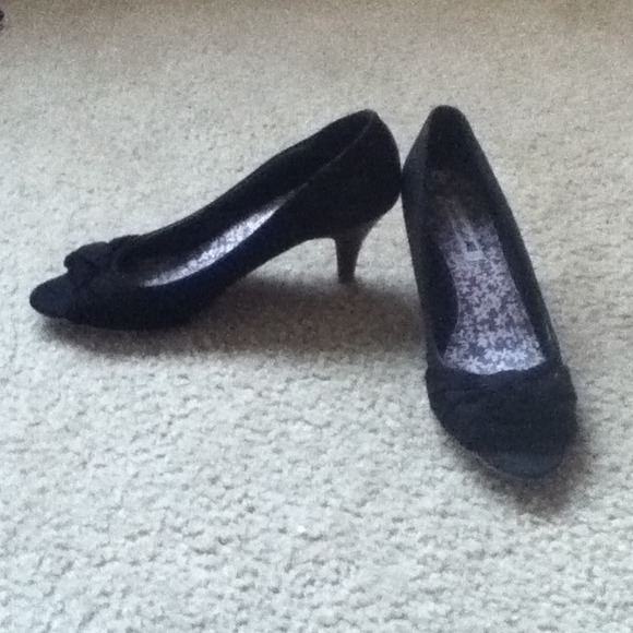 61% off American Eagle Outfitters Shoes - Black, Peep-toe Kitten ...