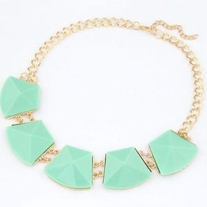 NEW Mint Linked Resin Gem Statement Necklace