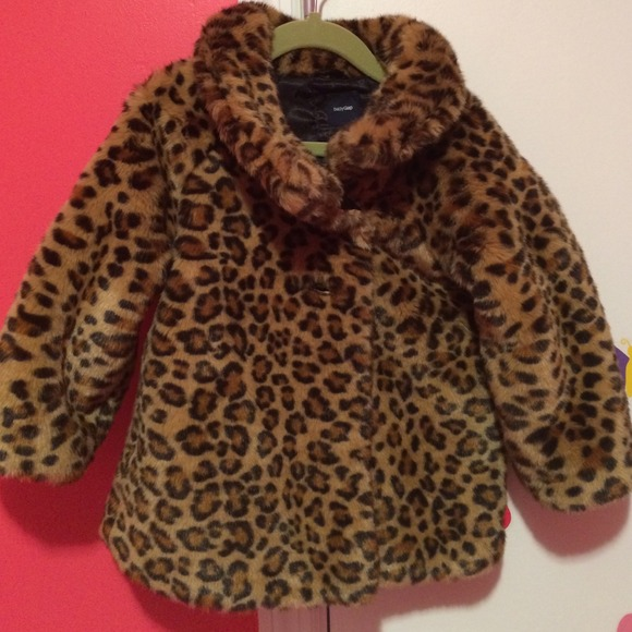 43% off baby Gap Other - Leopard Faux Fur Coat ( toddler Girl ...