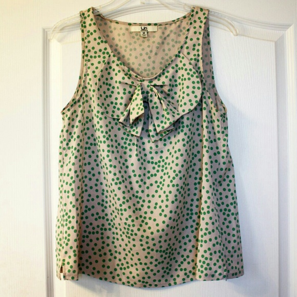 ModCloth Tops - 🎉HP🎉🌿Pretty🌿Bow-front green dots top 2