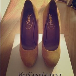 Cute wedge from YSL