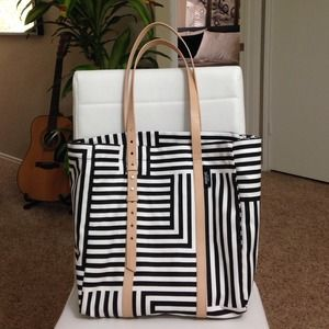 Host Pick👠Kate Spade Saturday Tote