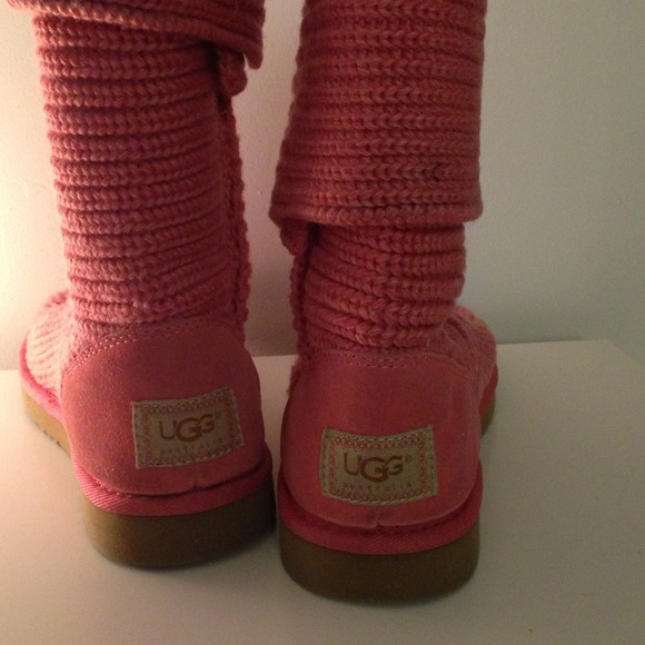 Knitted Uggs Pink