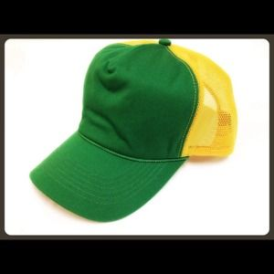 "Alternative Apparel Accessories - Alternative Apparel's ""vintage"" style trucker hat"