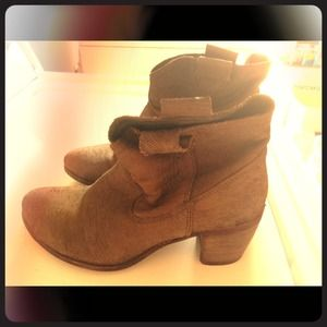 Chinese Laundry ankle booties