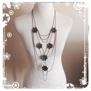 Jewelry - Unique statement long necklace