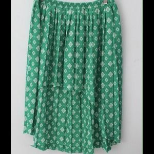 Skirts - Green patterned high-low skirt