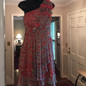 ina Dresses & Skirts - Gorgeous boutique flowy one shoulder w/ flowers