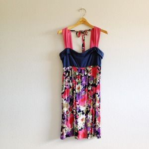 Cinnamon Girl Dresses & Skirts - Cinnamon Girl pink/blue floral dress
