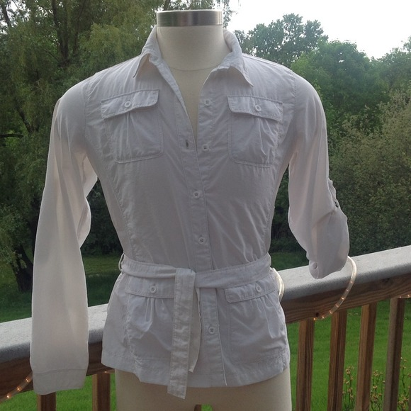 Royal Robbins White Moisture Wicking Button Down Top