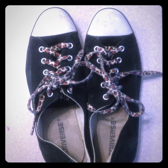 54bd766b64 Black Converse All Stars with cheetah laces
