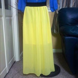 Dresses & Skirts - CLEAR OUT SALE! 🎀Yellow Chiffon Maxi Skirt